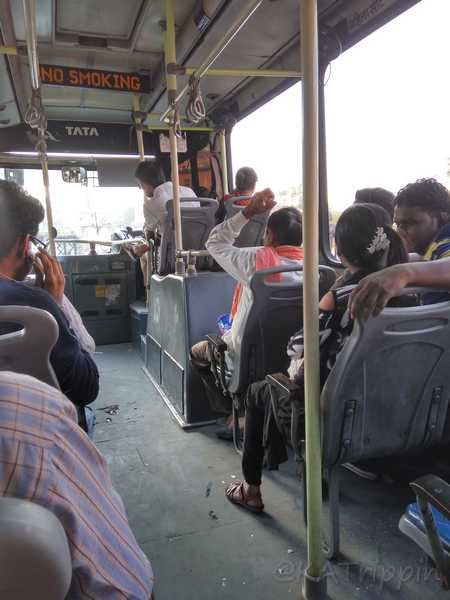 Air Conditioned Bus in Jaipur - Photo by Andrius - October 2018