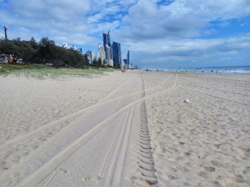 Beach in Gold Coast - Photo by Andrius - December 2018